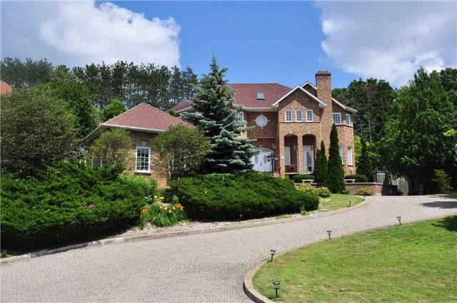 Luxury House Sitting On Semi-Hill With Spectacular Curb Appeal In One Of Whitby's Most Prestigious Million Dollar Home Neighborhoods