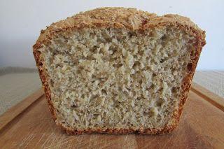 Kulinarne Wariacje: Ekspresowy chleb z ziarnami