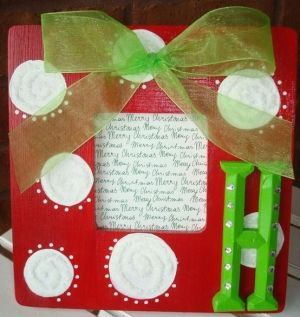 Christmas frame-adorable!!! Maybe gifts for parents???