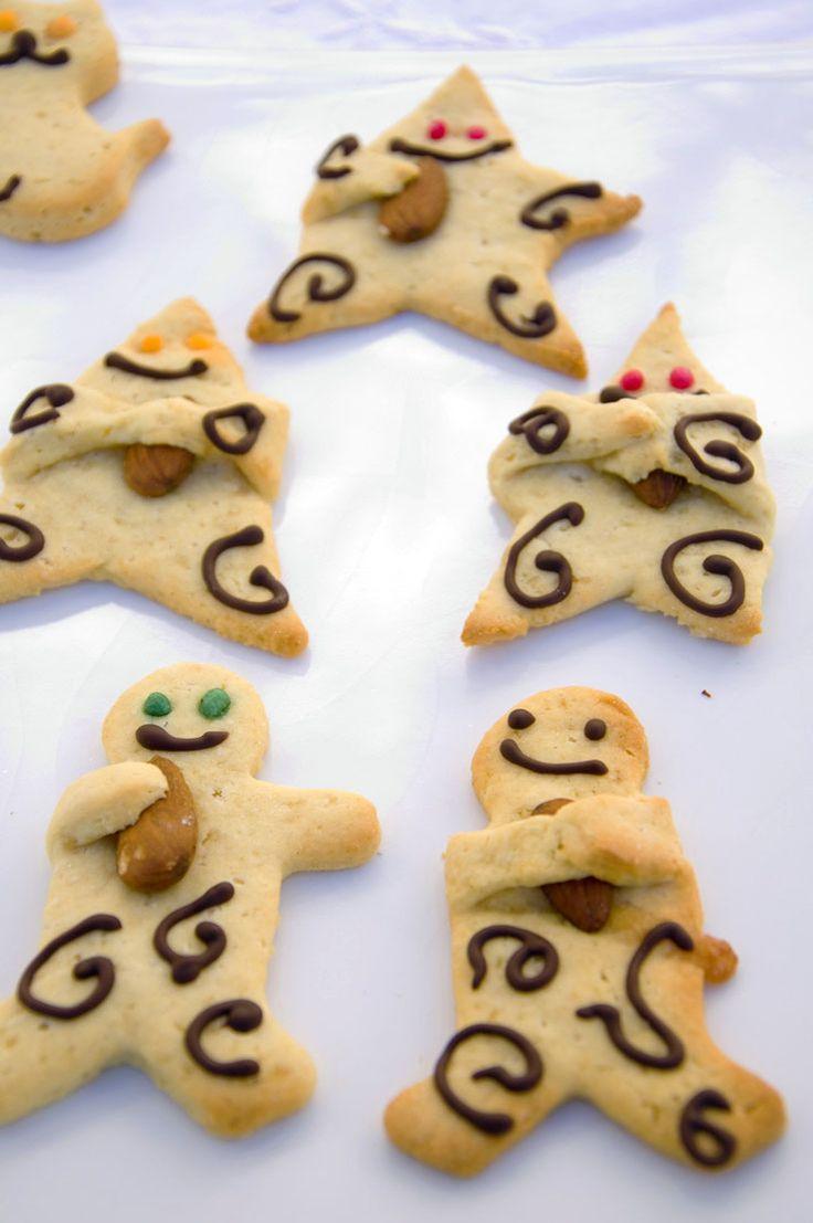 Lebkuchenmännchen und Sterne <3  Gingerbread man and Stars <3  http://www.vivalasvegans.de/rezepte/backen/lebkuchenm%C3%A4nnchen-und-sterne/