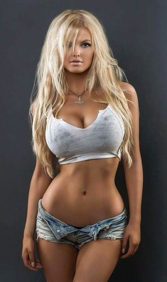 Pin By Lu On Hot In 2019 Pinterest Daisy Dukes Girls Wear And Hot Blondes