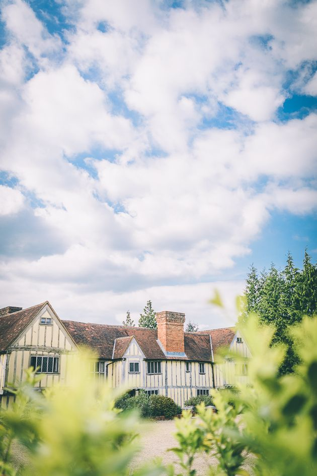 Cain Manor Wedding Photography Bijou Wedding Venue Hampshire
