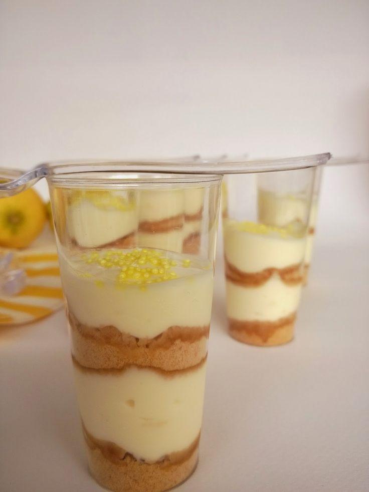 my blissfood: Δροσιστικό γλυκό με κρέμα γιαούρτι - λεμόνι