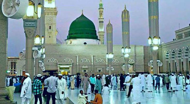 #DawnTravels provides 5 Nights Premium #Umrah Package and this is the ideal Umrah #Premium Package for pilgrims looking for a carefree, comfortable trip to #Makkah and #Madinah. Package includes 4 Star #accommodations for 3 Nights in Makkah and 2 Nights in Madinah only for $595/- per person on Quad occupancy basis.