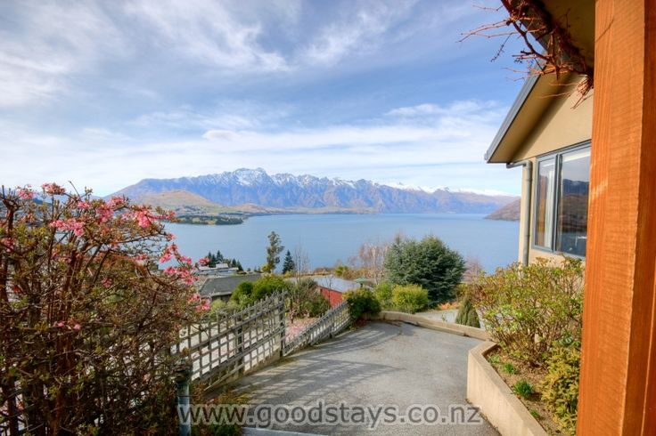 Goodstays-Queenstown-Holiday-Homes-Mountain-Magic!