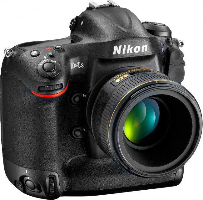 Nikon D4S è la macchina fotografica reflex più veloce
