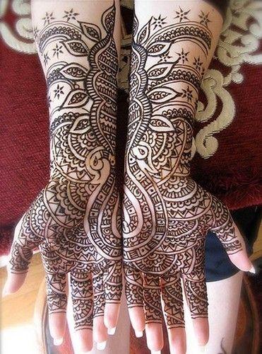henna #henna #hena #mehendi #mehndi #indian #turkish #arabic #draw #drawing #hands # foot #feet #body #art #arte #artist #tattoo #bridal #wedding #love #beautiful #pic #picutre #photo #photography #foto #fotografia #detail #doodle #bw #black #white #bronze #red #color