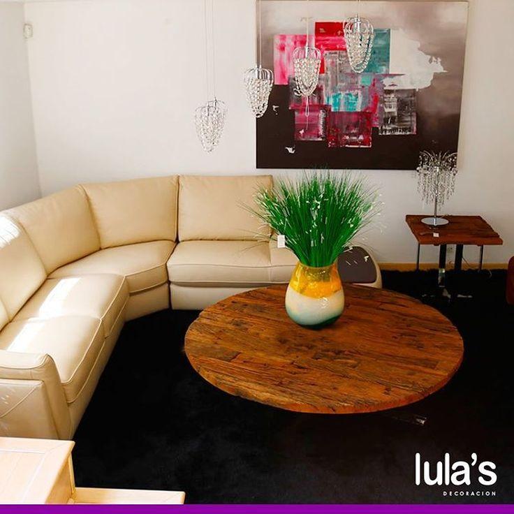 Aprovecha tus espacios eligiendo muebles de sala con cierto movimiento, esto genera un recorrido intuitivo y un orden que armoniza siempre.   Estamos ubicados en la transversal 6 # 45 -79 Patio Bonito, Medellín, Tel: 2684641.   #Decoración #Decorar #Sala #Comedores #Hogar #AccesoriosHogar #Muebles.