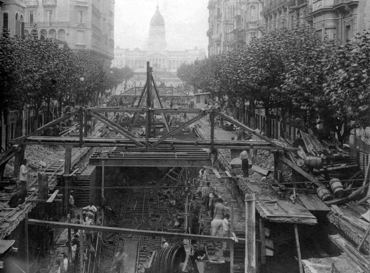 Construcción Est. Sáenz Peña - Subte A