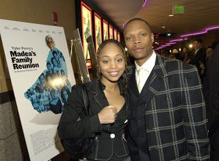 Ronnie DeVoe - Wife Family Kids Net Worth 2017  Ronnie DeVoe's wife and family will be discussed in this article. Does he have kids? Scroll down to find out! The singer's 2017 net worth is also presented. The New Edition Storyshed light on one of the most important R&B groups of all-time. Ronald Boyd DeVoe Jr. is one of the only New Edition members that stood up to Bobby Brown. In 1997 Ronnie and Bobby got into a fight on stage.  Ronnie DeVoe - Wife  Ronnie married Shamari Fears on March 10…