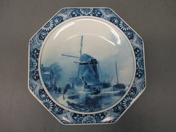 Handpainted Delft Blue Plate Made in Holland  8 Inches