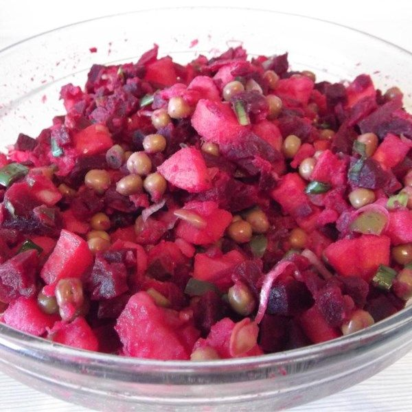 """Ukrainian Salat Vinaigrette (Beet Salad) 