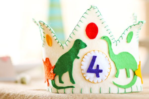{Rawr Your World} Dinosaur Birthday Party // Hostess with the Mostess