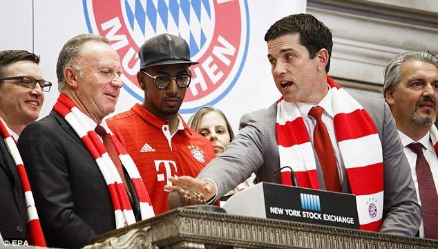 Jerome Boateng  told by Thomas Farley how to ring opening bell of New York Stock Exchange