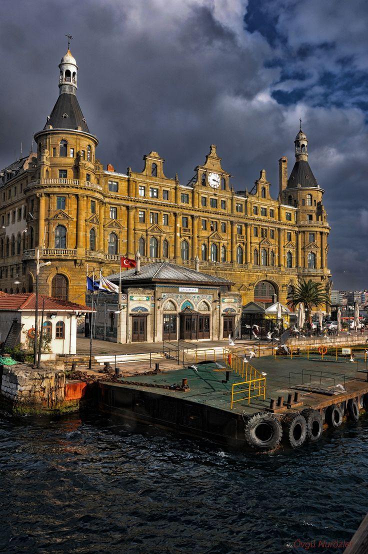 Haydarpaşa Station, Istanbul, Turkey http://www.istanbulsuitehome.com/