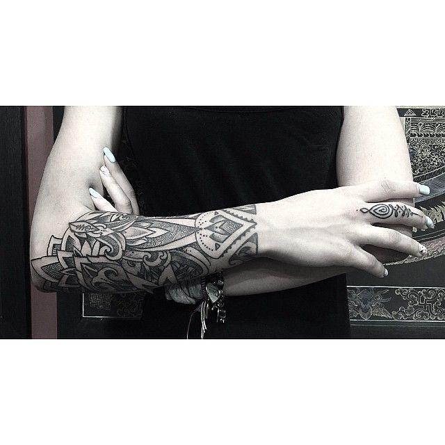 Geometrical Sleeve From Orge! #geometry #geometrical #mandala #sleece #dotism #dotwork #blackwork