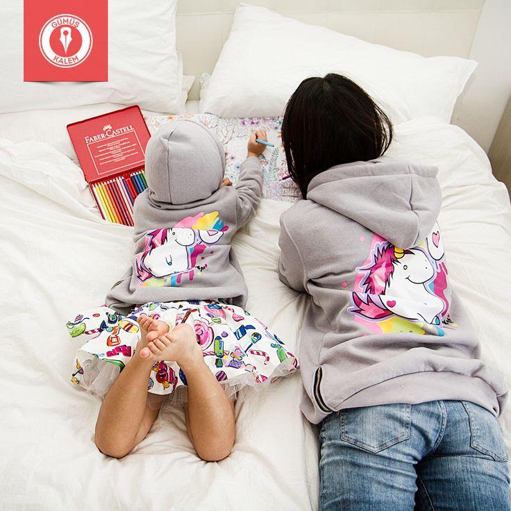 Çocuğunun yaratıcılığını teşvik etmek için elinden geleni yapan anneler, hediyenin en renklisini hak eder! >>> online shop >>> www.gumuskalem.com.tr