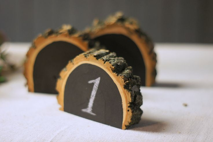 12 Rustic Chalkboard Table Numbers, Log Slice NUMBERS, Wood table numbers, rustic wedding table numbers, country rustic wedding table number by GFTWoodcraft on Etsy https://www.etsy.com/listing/248843012/12-rustic-chalkboard-table-numbers-log