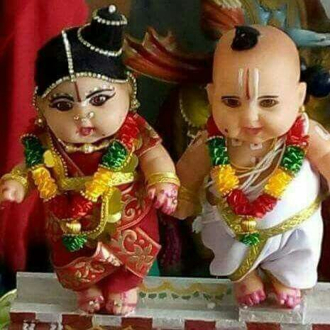 Cute dolls in indian brahmin wedding couple..........