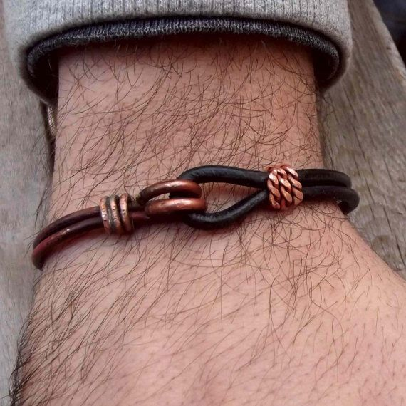 Leather and copper bracelet for man, leather-metal bracelet for men, black leather men cuff, rustic bracelet for men in copper and leather.