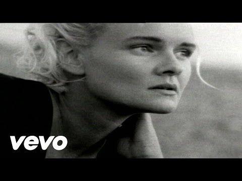 Eva Dahlgren - Vem Tänder stjärnorna - YouTube
