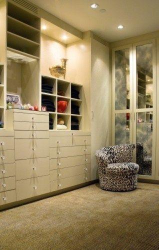 closets closets closets: Storage Spaces, Dreams Houses, Dreams Closet, Closet Closet, Closet Design, Dresses Rooms, Closet Ideas, Walks In Closet, Dreams Coming True