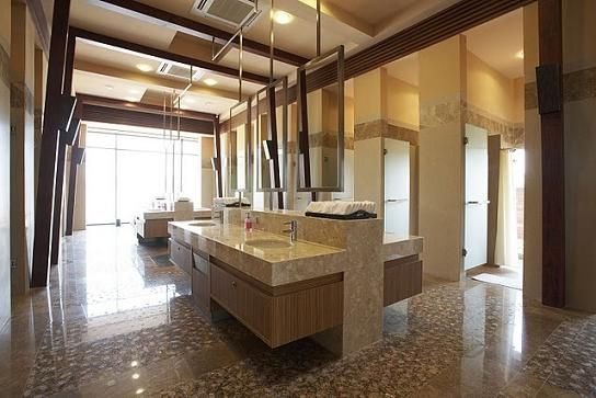 Amenities at the Siam Country Club (Plantation Course) in Pattaya, Thailand