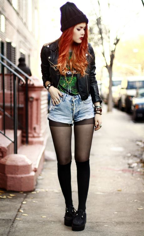 Stockings with high wasted shorts and platform shoes ...