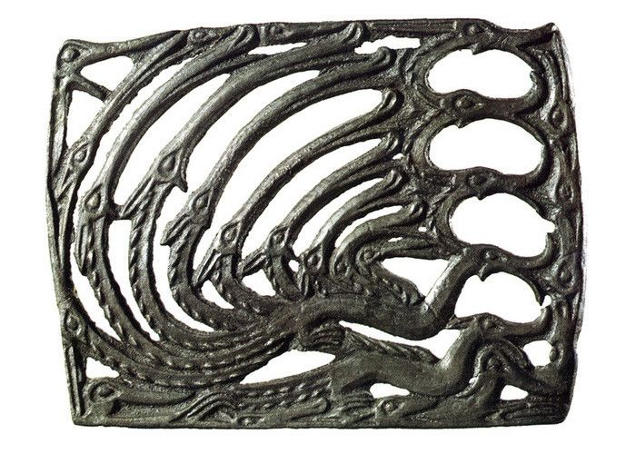 Пермский звериный стиль в произведениях шаманской ритуальной пластики
