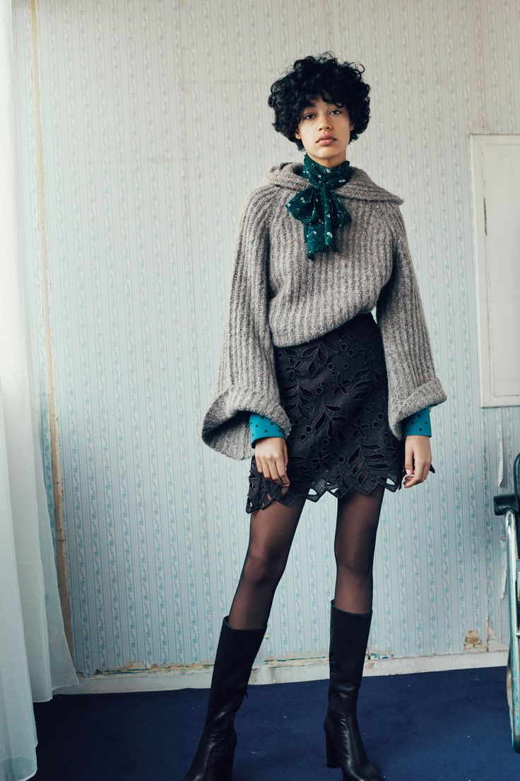 See by Chloé Fall 2016 Ready-to-Wear Fashion Show  Nice to see this brand attempting to diversity--Chloe and See by Chloe are notorious for casting entirely or mostly-white shows and lookbooks  http://www.theclosetfeminist.ca/whiteness-resort-2016/  http://www.vogue.com/fashion-shows/fall-2016-ready-to-wear/see-by-chloe/slideshow/collection#3