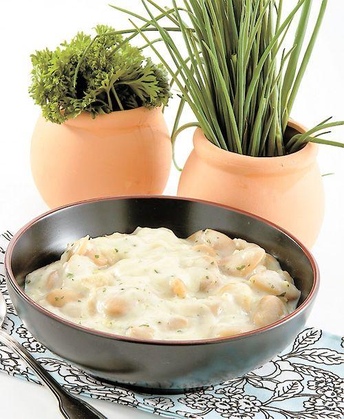 HARICOTS DE LIMA EN SAUCE Un plat d'accompagnement parfait pour un rôti de porc ou un poulet grillé.