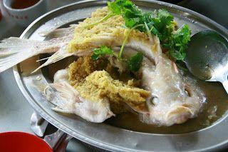 Sentul - taken by tailim. 'Old Dog' or Lau Kau Bak Kut Teh @ Jalan Raja Arfah @ Segambut. Steamed Fish.