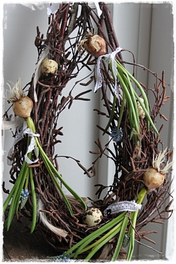 Easter Wreath - ONIONS!