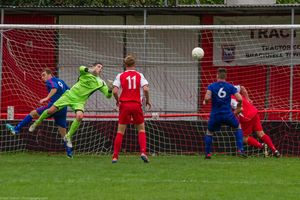 Bracknell Town FC vs Hartley Wintney FA Vase — NeilGrahamPhotography.com