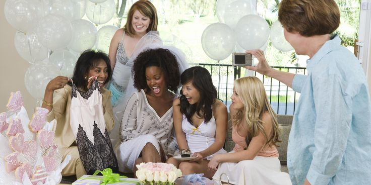 Who Should Be Invited to a Bridal Shower?