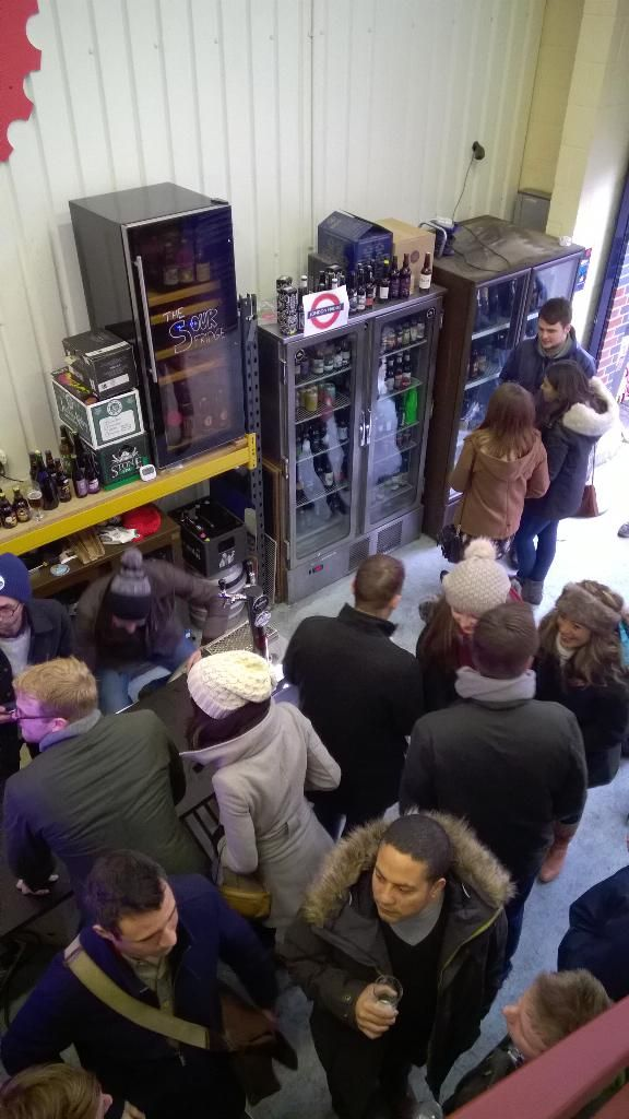 #Bermondsey beer mile a great day time activity for your hen party. Combine this with a visit to Maltby street market for some foodie delights. The scotch egg guy and the cheese truck are our fave #London