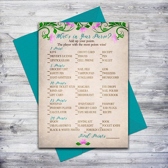 """""""What's in your purse"""" is a fun printable game for any shower! #babyshowergames #madeincanada"""