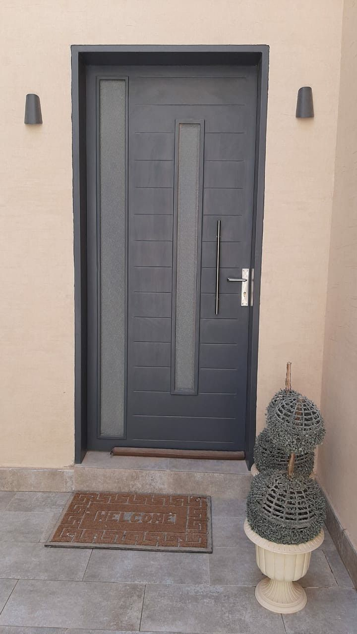Pin By Mustafa Shawerdi On ابواب حديد مودرن Door Design Modern Wood Front Entry Doors False Ceiling Design