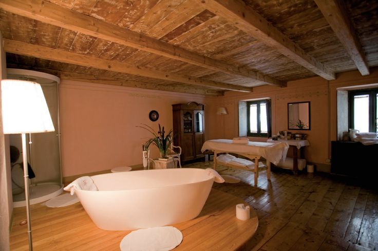 #terme #Masino #relax #benessere #spa #Valtellina  Fermate il tempo trascorrendo una giornata presso una struttura termale immersa in un bosco incantato: concedetevi attimi di relax unici alle Terme Bagni di Masino.