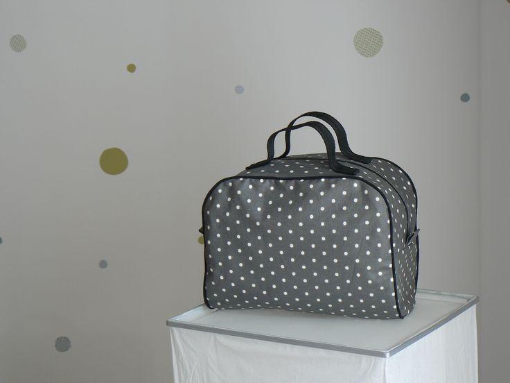 9 best valise en tissu images on pinterest couture sac. Black Bedroom Furniture Sets. Home Design Ideas