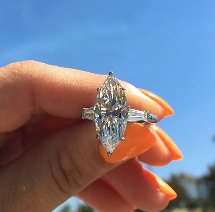 Enormous marquise diamond engagement ring <3 Because second-hand rings cost less, you may be able to invest in a higher quality metal or larger stone.