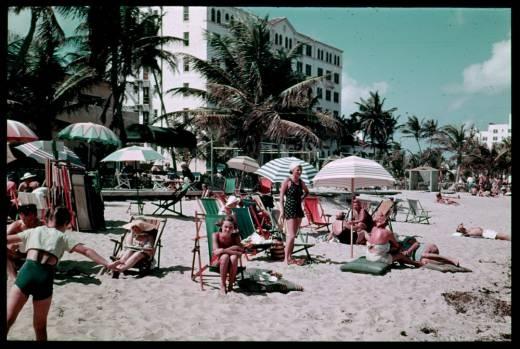 Foto de la Playa en Miami Beach, en el Wofford Hotel Beach, en 1939