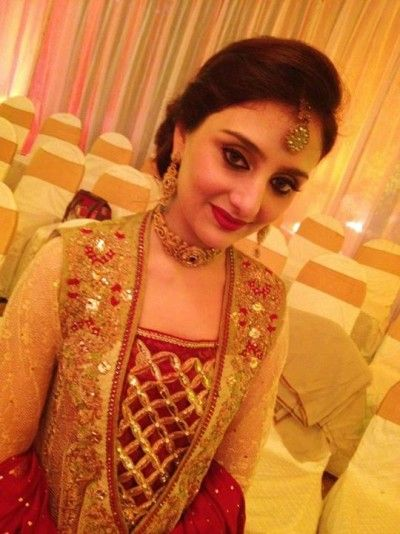 Pakistani Girl Wedding Beautiful Picture
