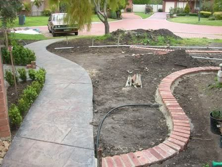 31 best landscape edging ideas images on pinterest for Faux brick edging
