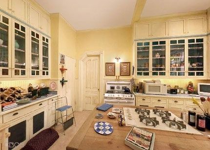 17 best images about charmed house on pinterest the sims for The charmed kitchen
