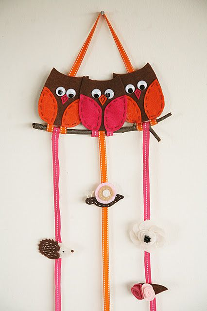 hairclip holder, may have to make this to replace the one i already made! this one is cuter!
