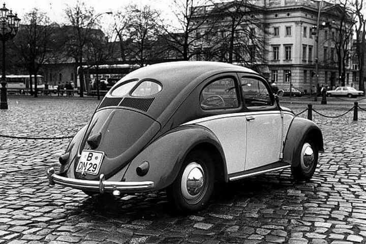 1952 Vw Beetle Split Window Vw Vintage Morat Classicvolkswagenbeetle Volkswagonclassiccars Vw Beetle Classic Vintage Vw Classic Volkswagen Beetle
