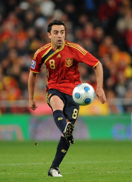 Xavi Hernandez retired from national side. #SPAIN #THANKYOUXAVI