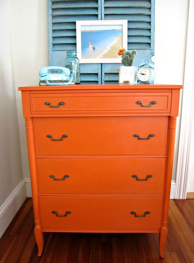 Commode D Orange Est Une Couleur Brillante Joyeuse Et Animée Viemode