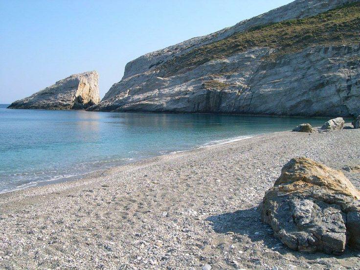 Katergo Beach 15 min from Vrahos Boutique Hotel - Folegandros.